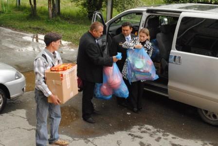 посещение детского дома в Монетке